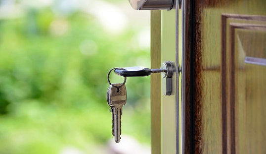 Choosing the Right Door Lock for Your Home