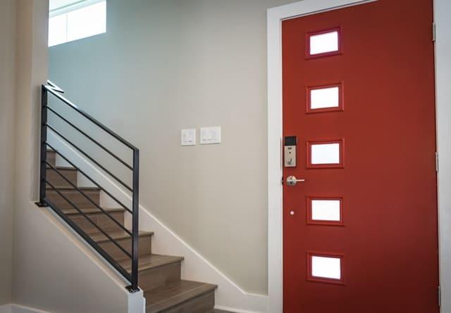 Contemporary fibreglass door